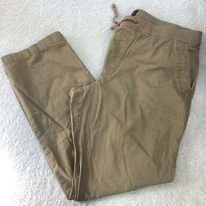 Gap Men's Khaki pants size XL
